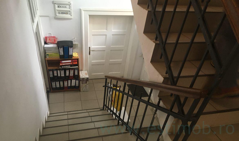 Inchiriere Casa  3 Camere nemobilata  Centrul Civic