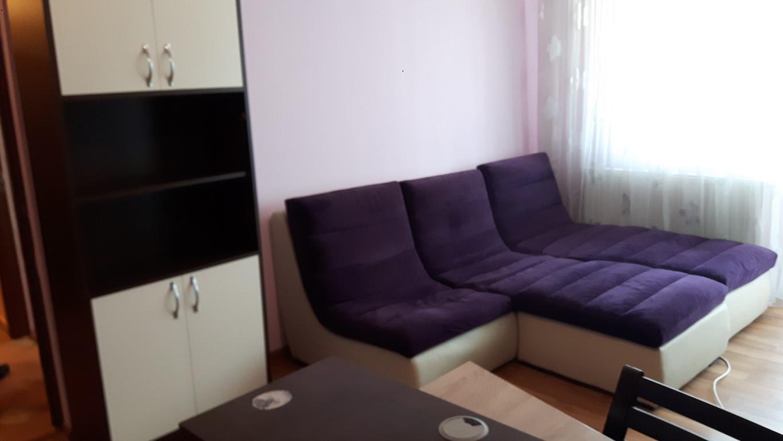 Inchiriere Apartament 2 Camere decomandat zona Harmanului