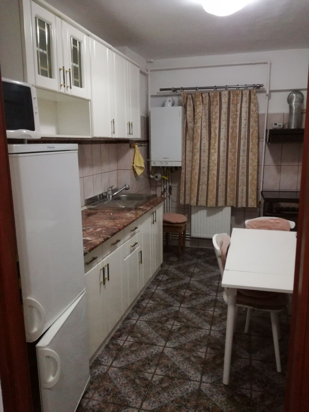 Apartament de inchiriat Brasov strada Toamnei