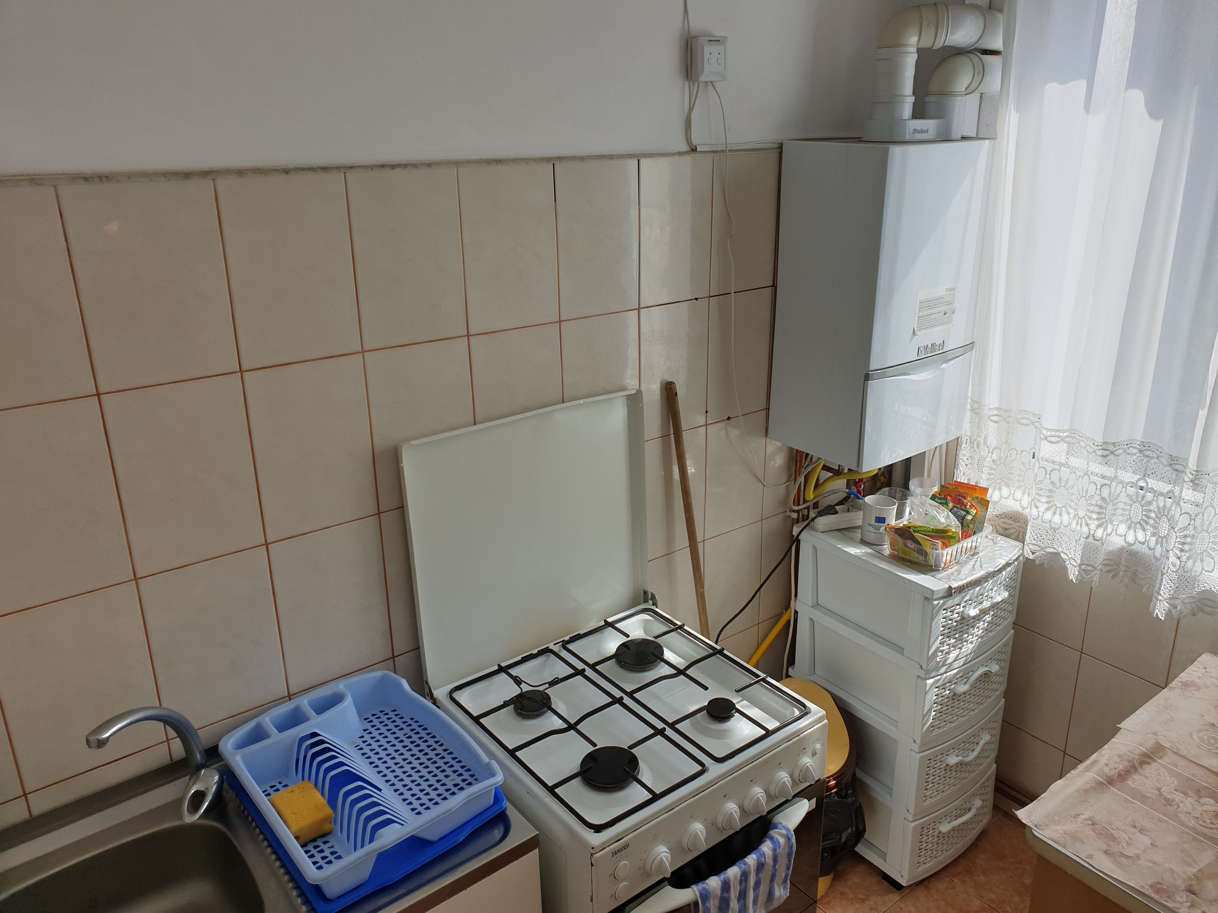 Garsoniera de inchiriat in zona Astra