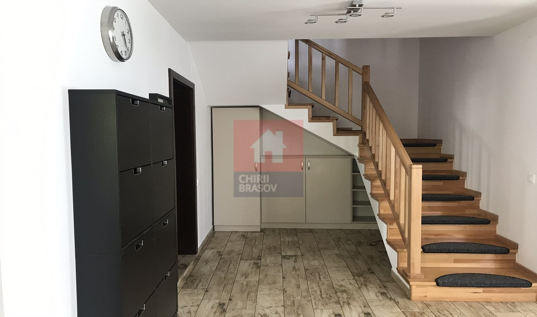 Inchiriere Casa - Vila 4 Camere Ghimbav