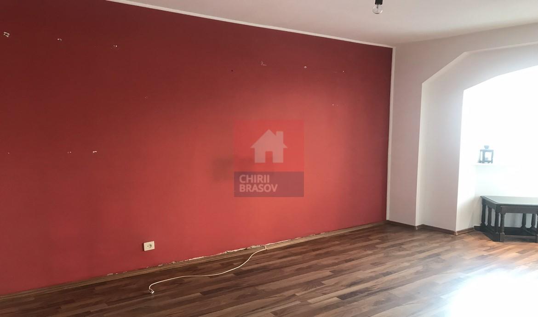 Apartament 3 camere semimobilat Astra Brasov