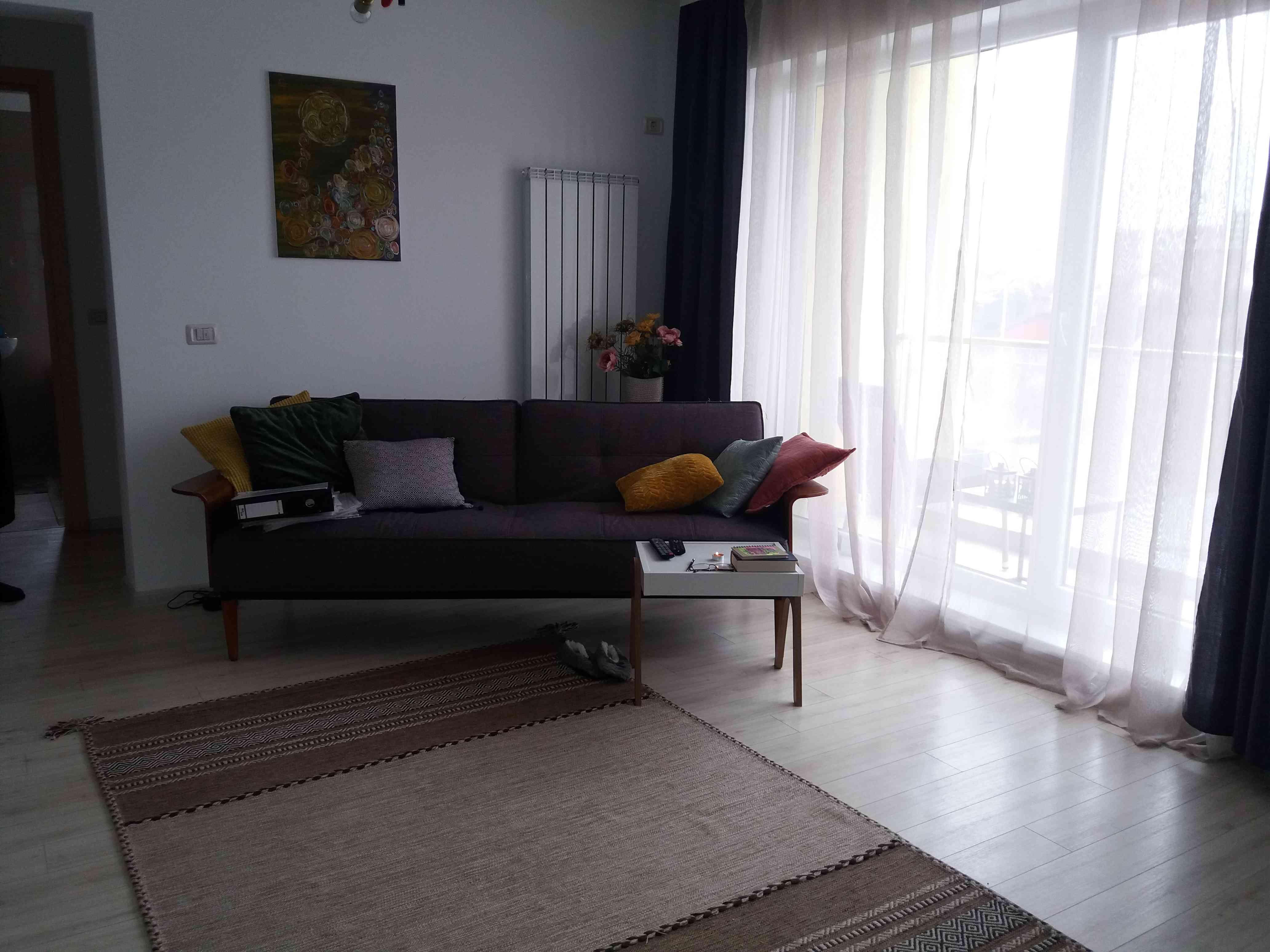 Vanzare Apartament 2 Camere decomandat CoresiTractorul