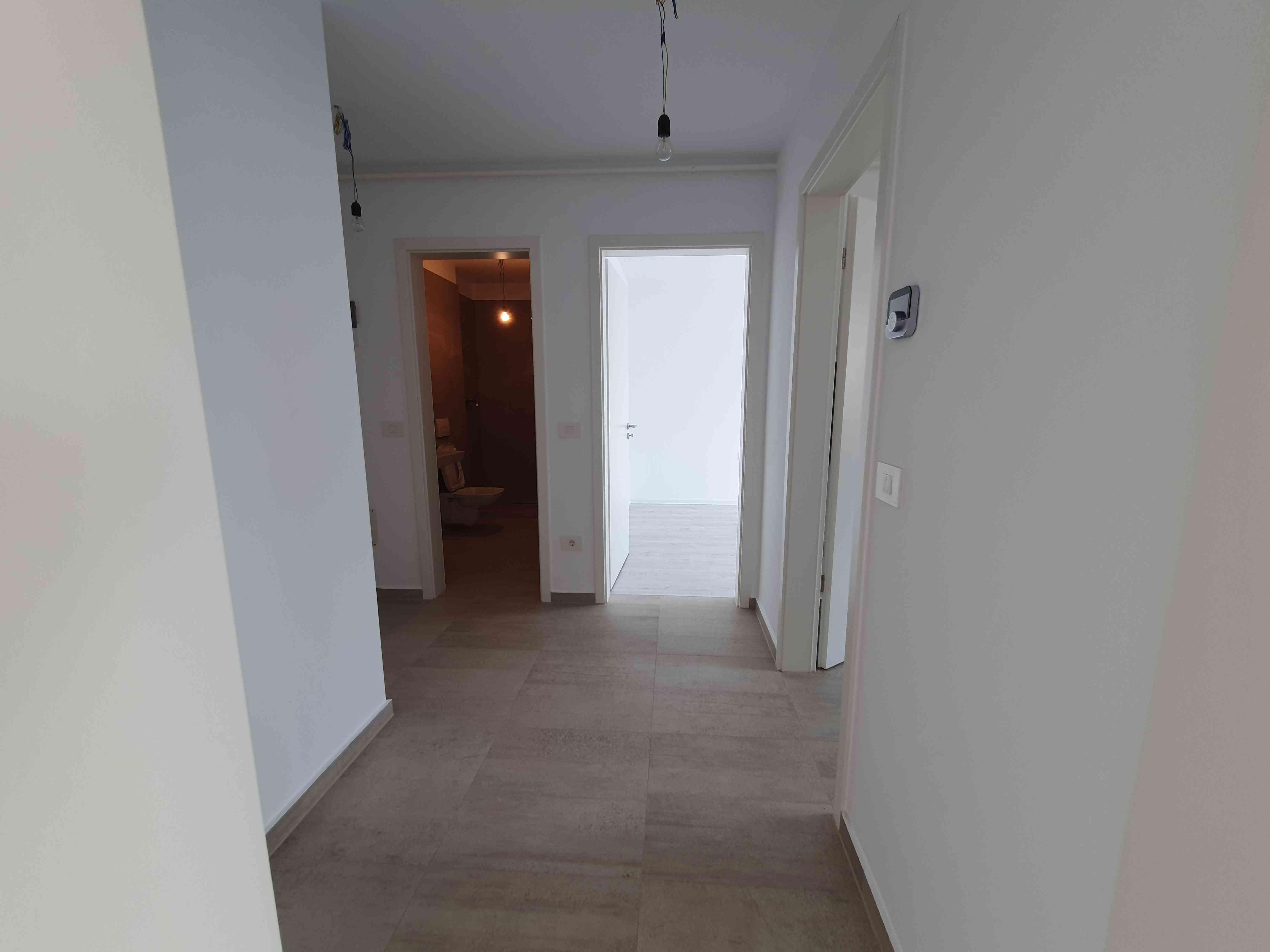 Vanzare Apartament 2 Camere decomandat Coresi