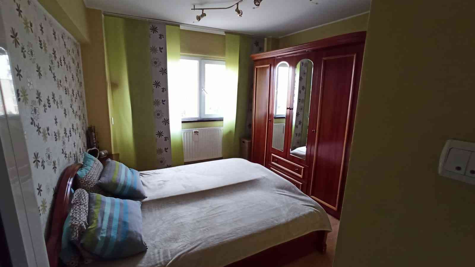 Vanzare Apartament 3 Camere decomandat Centrul Civic